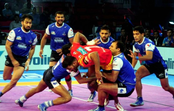 Pro Kabaddi: Jaipur brush aside Gujarat to go third in Zone A